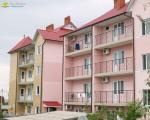Два корпуса отеля