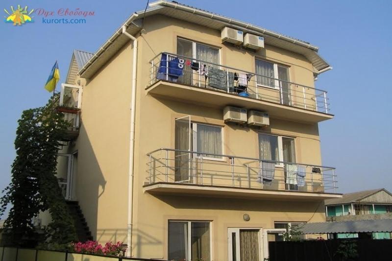 Міні готель Надія Затока Будакська коса фото