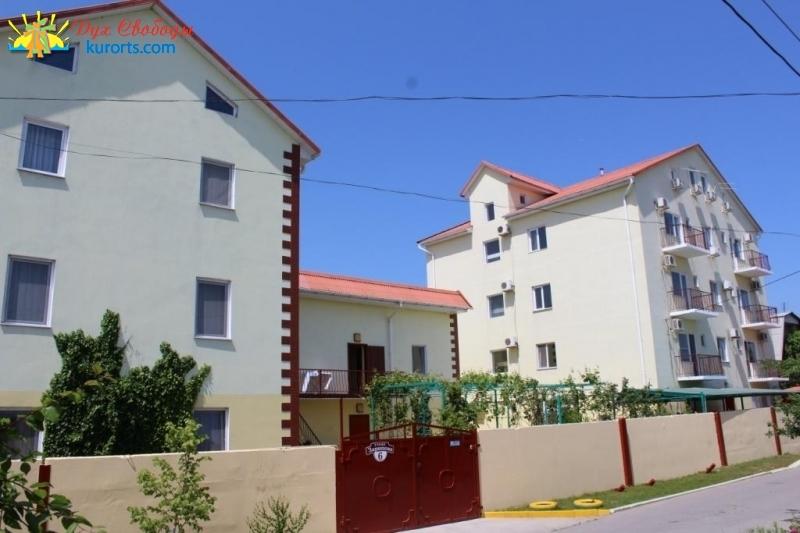Апартаменты Мезенцевых Затока