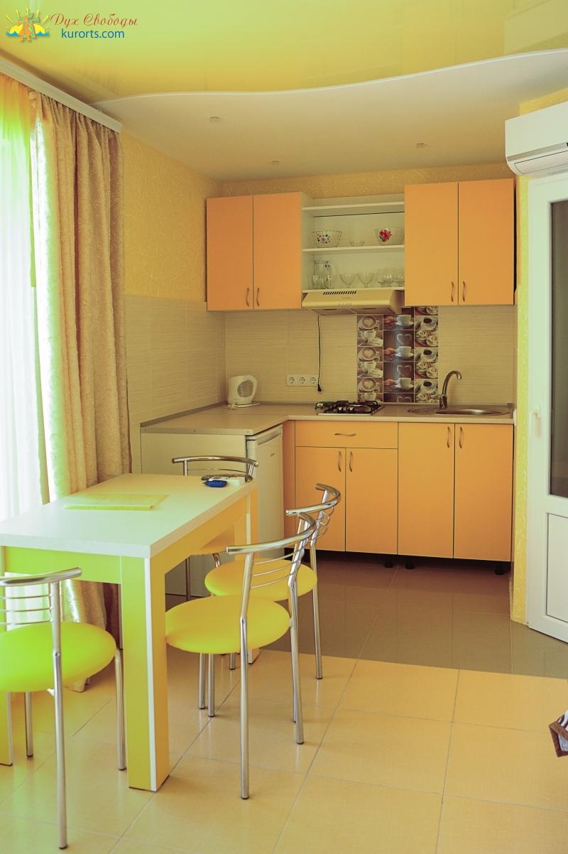 номер Люкс с кухней, четырехместный номер фото
