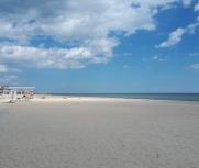 Затока 4е мая центральный пляж Бригантина фото