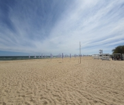 Каролино-бугаз Гудзон клаб пляж фото 15 мая