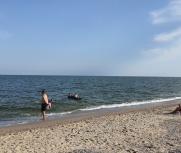 Затока 25 июня 2021 центральный пляж база отдыха Атлантида