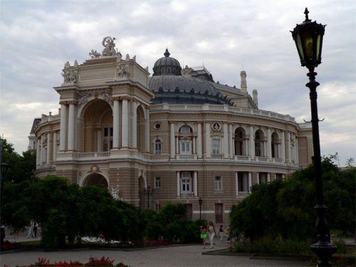 Одесский оперный театр - достопримечательности Одессы фото